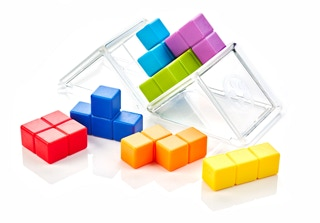 Can you build a cube with these cube shaped puzzle pieces?
