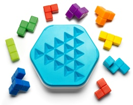 Blue game board and the 9 puzzle pieces of ZigZag Puzzler